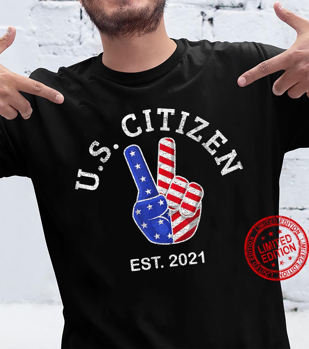 US American Citizen 2021 flag Vintage Peace Sign Hand Shirt